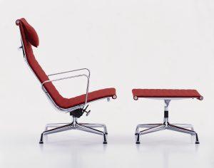Vitra aluminium chair EA124 Charles & Ray Eames 1958