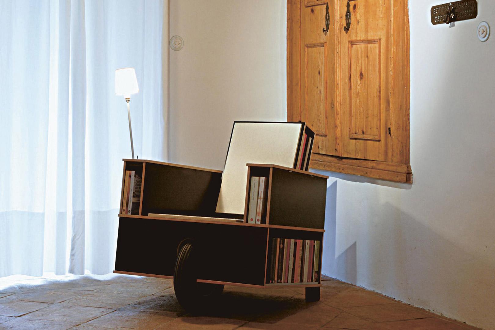 nils holger moormann bookinist jan luppes interieurs. Black Bedroom Furniture Sets. Home Design Ideas