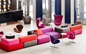 Fritz Hansen Egg-Chair-paars-800x500